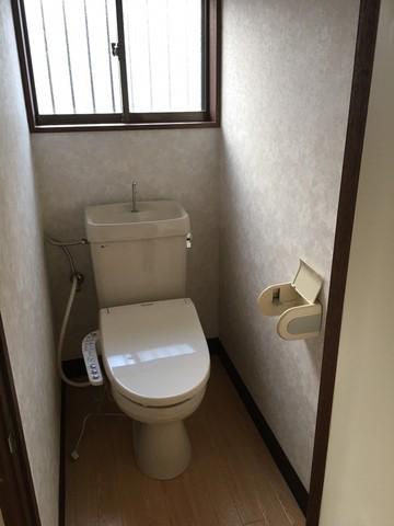 トイレはキレイに使いましょう